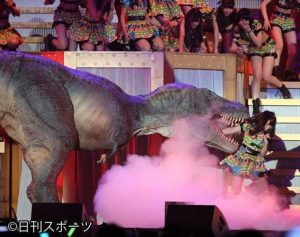 HKT48 Tomiyoshi Asuka gets eaten by a dinosaur