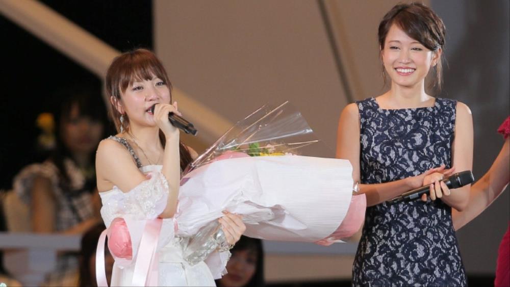 Maeda Atsuko and Takahashi Minami