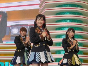 Useless #15: Takamina is tiny, Meru is fat, Shuu spitting