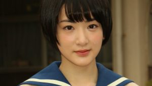 Ikoma Rina stars in new Softbank commercial. Sort of.