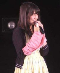 iriyama anna hand brace 02