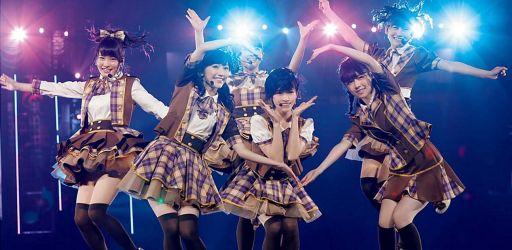 AKB48 Knee High Socks Day 28